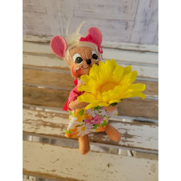 Annalee mouse flower spring 2011 home decor
